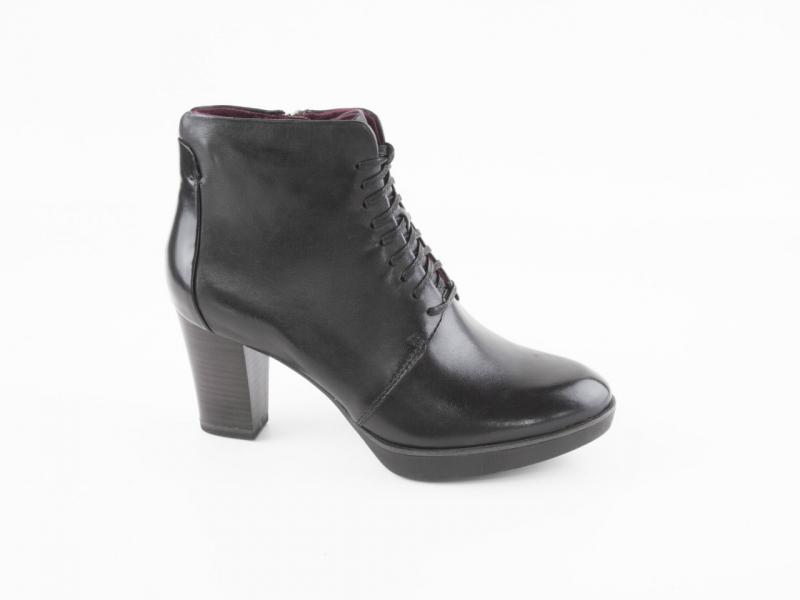 Tamaris - Dámské kožené kotníkové boty se zdobným šněrováním 1-25103-27    černá 96ca0cdd15